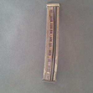 Leather bracelet, magnet closure